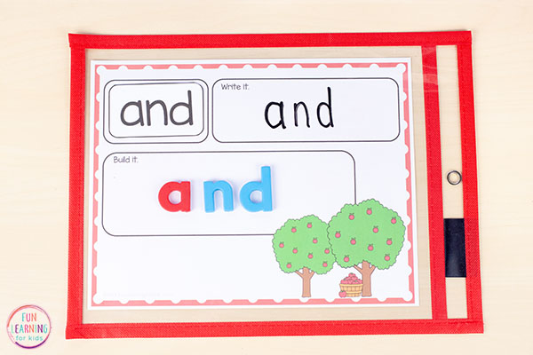 Apple activity for word work centers, literacy centers, small group, or morning work. A fall word building activity.