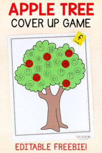 A fun apple theme cover up alphabet activity for teaching letters and letter sounds this fall. Perfect for preschool and kindergarten literacy centers!
