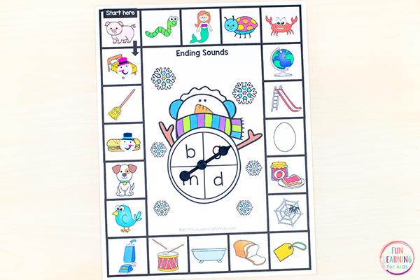 Snowman literacy activity for kindergarten and first grade.